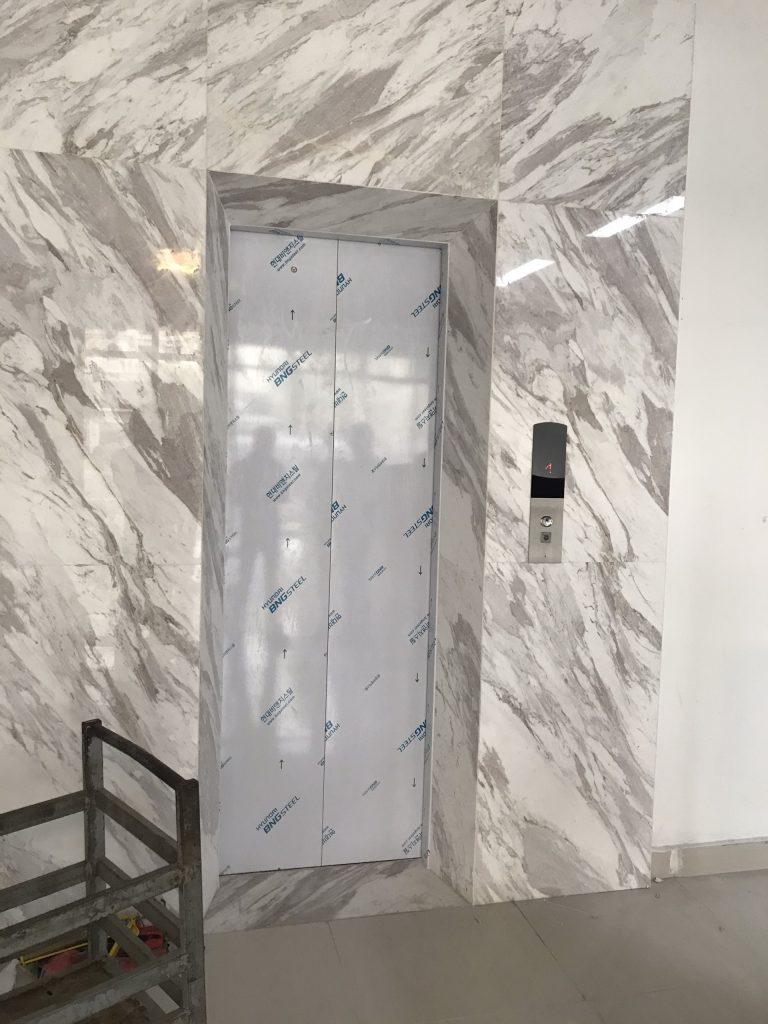Quá trình lắp đặt thang máy tại Vinhome Ocean Park NT08-135 đã hoàn thiện